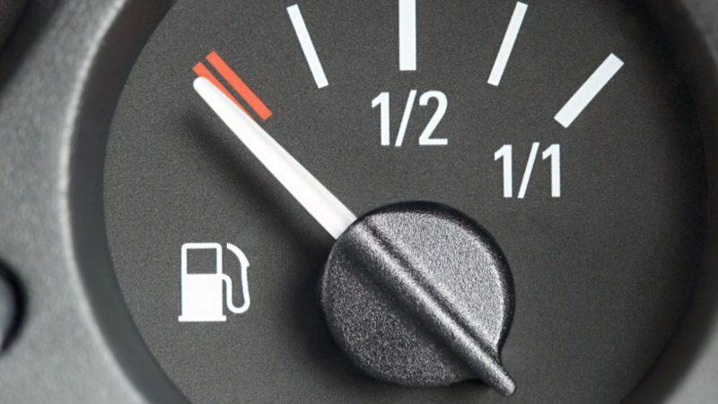 Las mejores webs y apps para saber dónde están las gasolineras más baratas