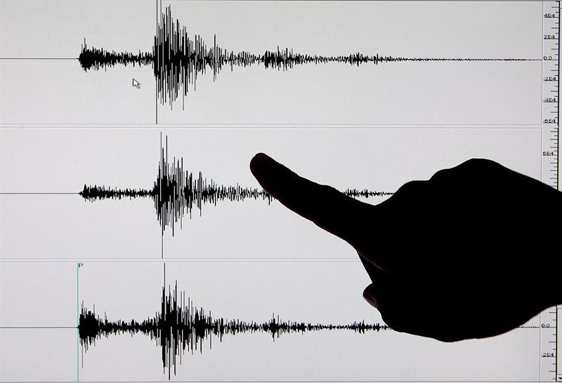 At least 41 injured, three of them serious, after an earthquake in northern Peru