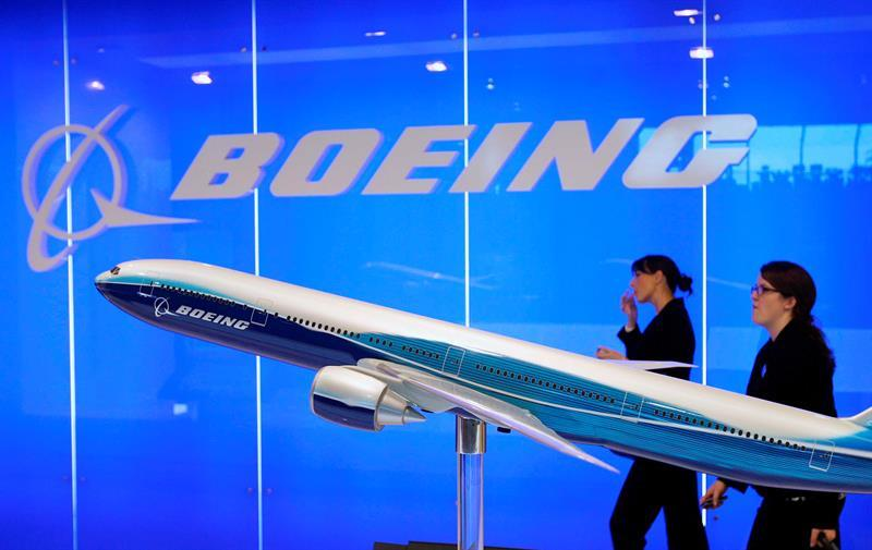 Boeing returns to profit and earns six million dollars until June