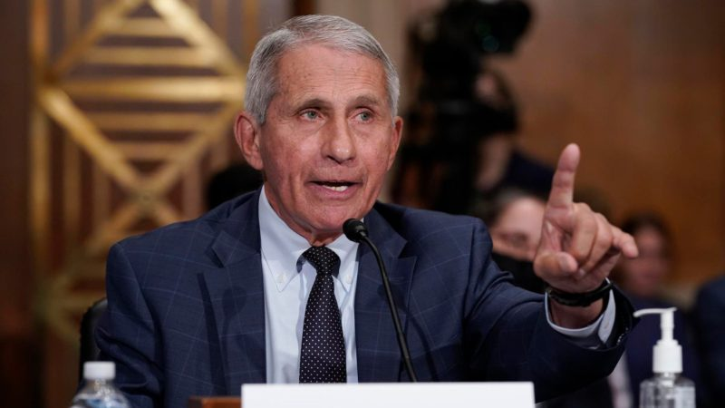 """Fauci points out to those not vaccinated due to the increase in infections: """"We are going in the wrong direction"""""""