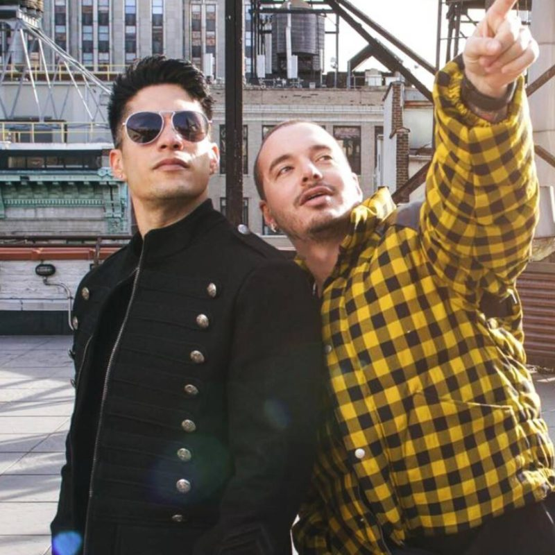 J Balvin sends a moving message to Chyno Miranda about his health problems