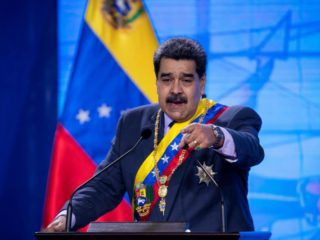 """Maduro says """"they are stealing"""" Venezuelan gold deposited in England"""