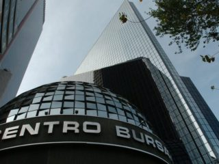 Mexico Stock Exchange gains 1.58% in line with the US market