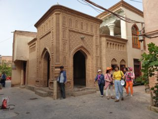 """Mosques closed, shrines destroyed in the """"new Xinjiang"""""""