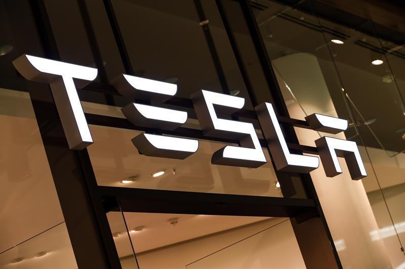Tesla silences criticism with net profit of $ 1.142 billion