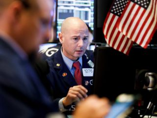 Wall Street continues its rebound and the Dow Jones gains 0.83%