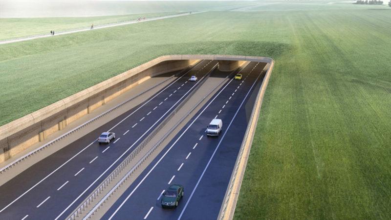 Los planes de construir un túnel en Stonehenge continúan pese al riesgo de que el sitio pierda su estatus de Patrimonio de la Humanidad