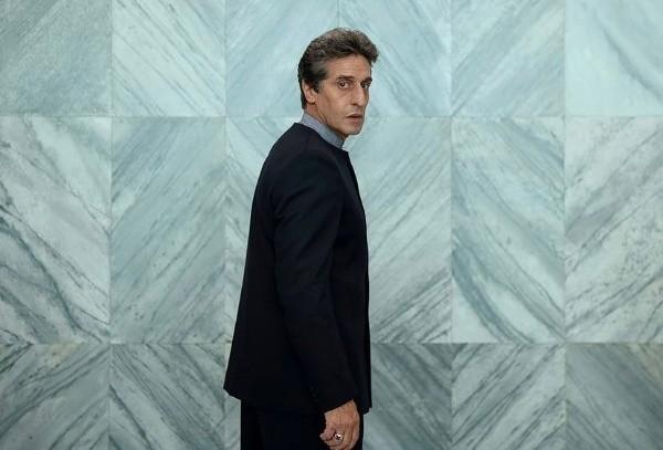 Diego Peretti es Emilio Vázquez Peña.  Foto: (Netflix)