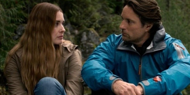 Virgin River: what is the relationship of the leads off the set?