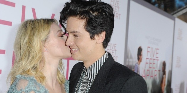 Riverdale: the problems Cole Sprouse and Lili Reinhart had at the beginning of the series