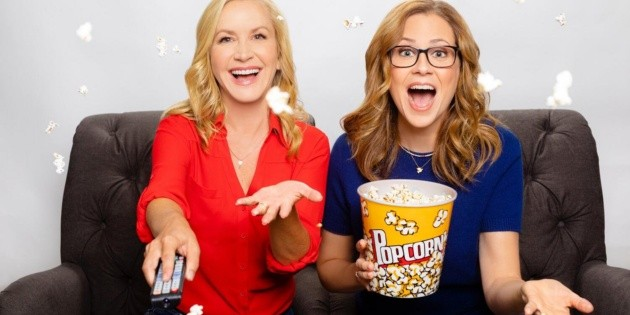 Angela Kinsey and Jenna Fischer of the Office prepare a book about their friendship in the series