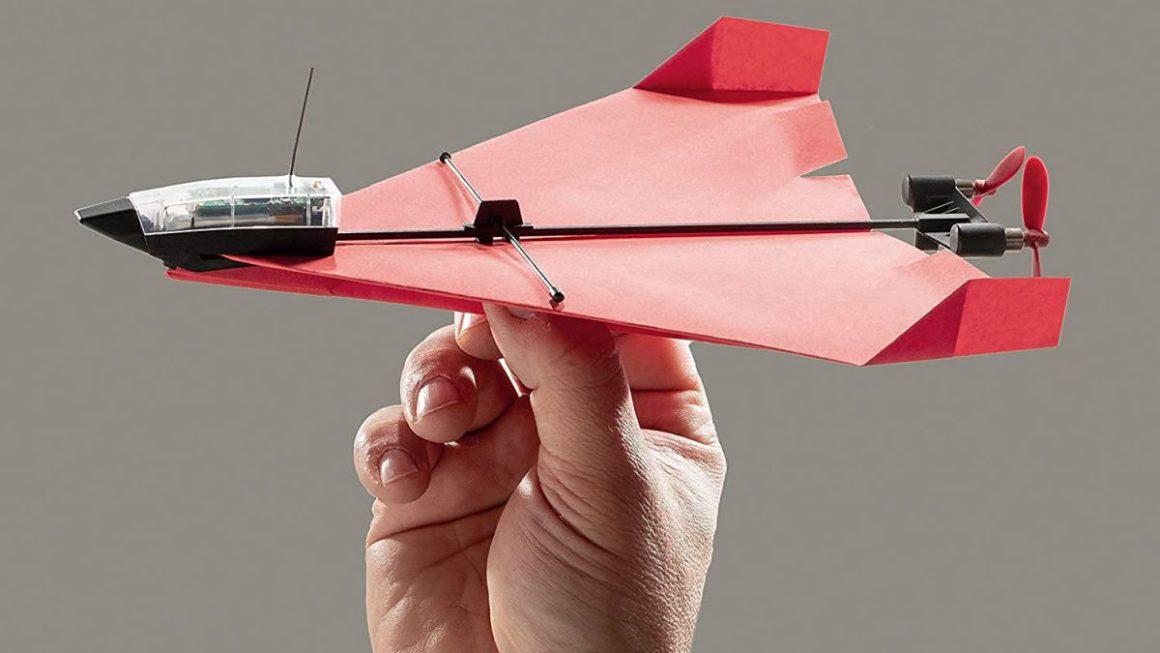 PowerUp 4.0, un avión de papel real que pilotas con el móvil