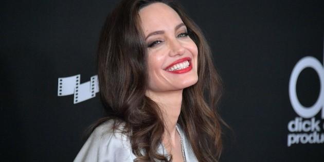 Angelina Jolie breaks an Instagram record that belonged to Jennifer Aniston