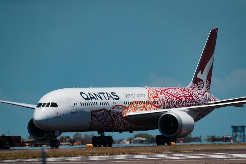 Qantas airline temporarily terminates 2,500 employees due to covid-19