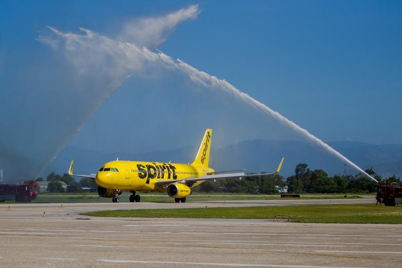 """Spirit airline cancels flights due to """"operational failures"""" in the network"""