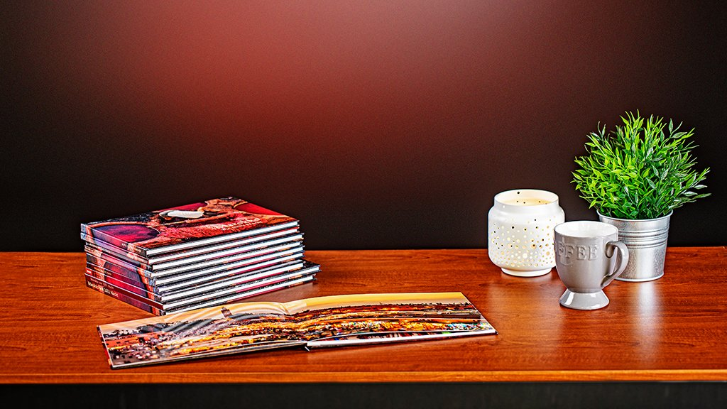 10 real photo books put to the test: elegant look thanks to layflat binding