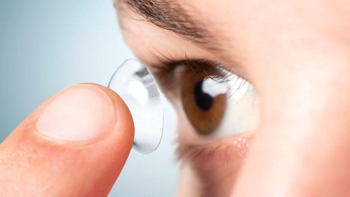 Esta app permite personalizar lentillas haciendo uso del móvil