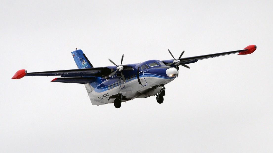 Un avión L-410 con 16 personas a bordo se estrella en Siberia