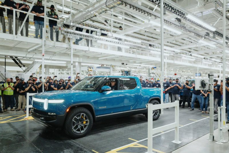 Electric cars: Rivian begins series production of its electric pickup