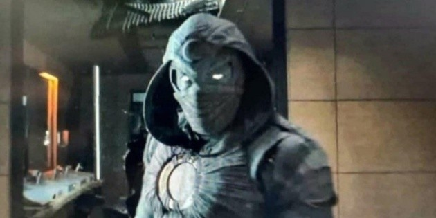 Moon Knight would wear the Mr. Knight suit in his series: What does this mean?
