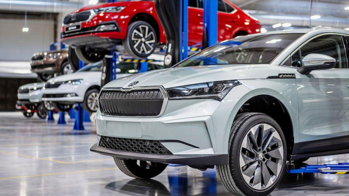 Semiconductor shortage: Volkswagen brand Skoda cuts production