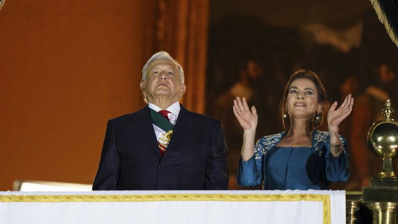 EN VIVO: López Obrador participa en desfile militar por la Independencia de México