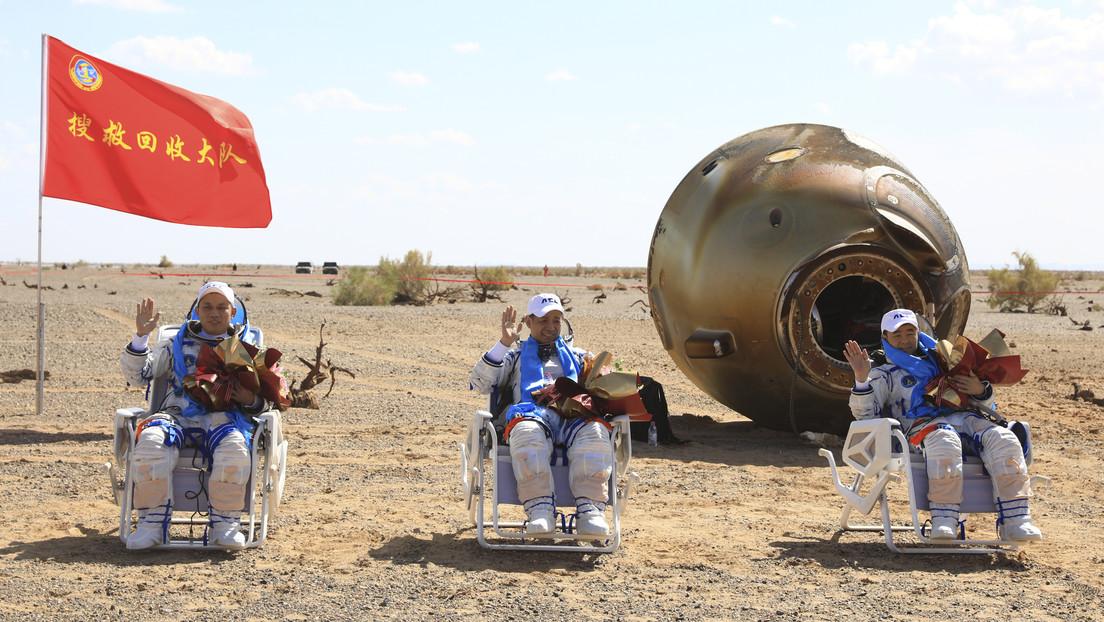 Vuelven a la Tierra los taikonautas de Shenzhou-12 tras la misión espacial más larga de China (VIDEO)