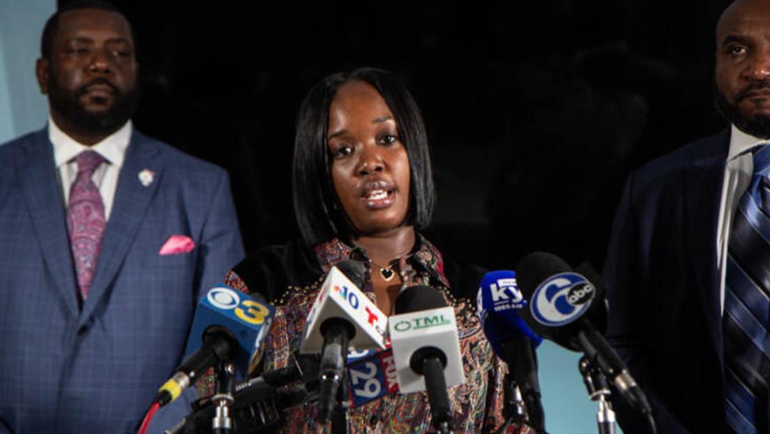 La ciudad de Filadelfia acuerda pagar 2 millones de dólares a una mujer que fue golpeada por la policía frente a su hijo durante su arresto