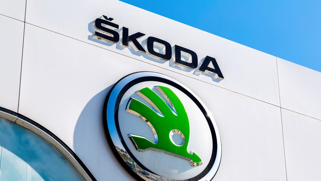 Skoda paralizará la fabricación de vehículos por una semana debido a la escasez de chips