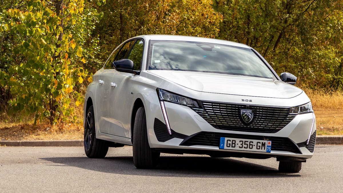 Peugeot 308 SW Hybrid 180 e-EAT8: Plug-in hybrid in the driving report