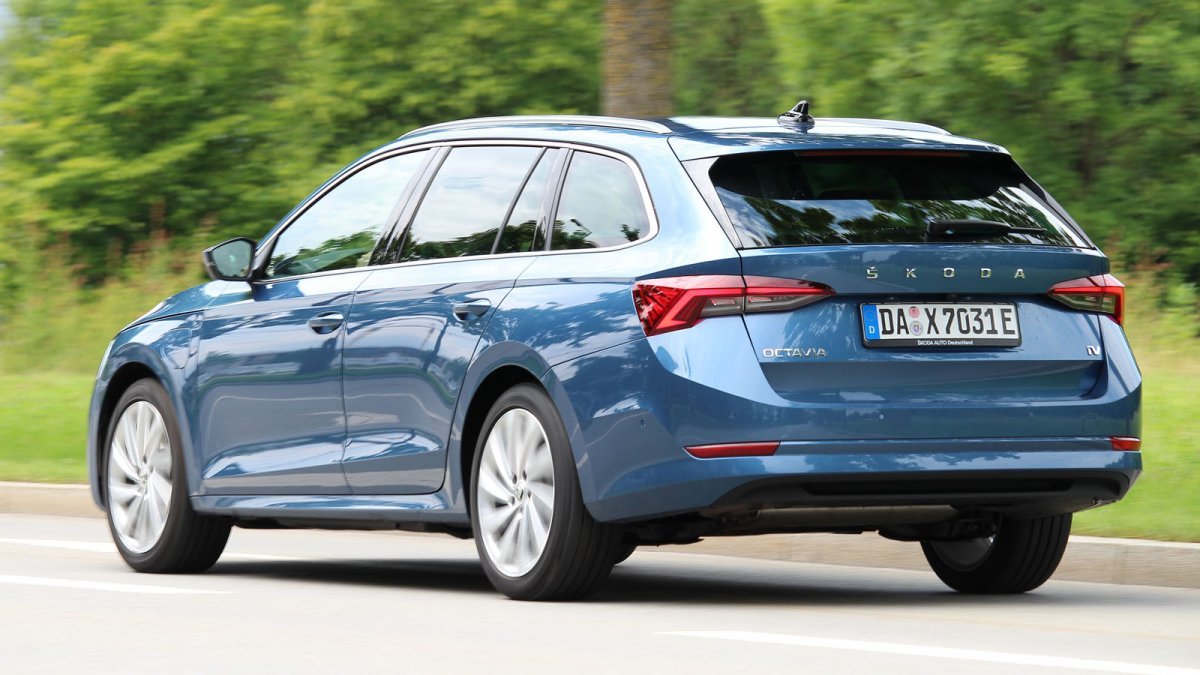 Test Skoda Octavia Combi 1.4 iV: Economical plug-in hybrid that only charges slowly