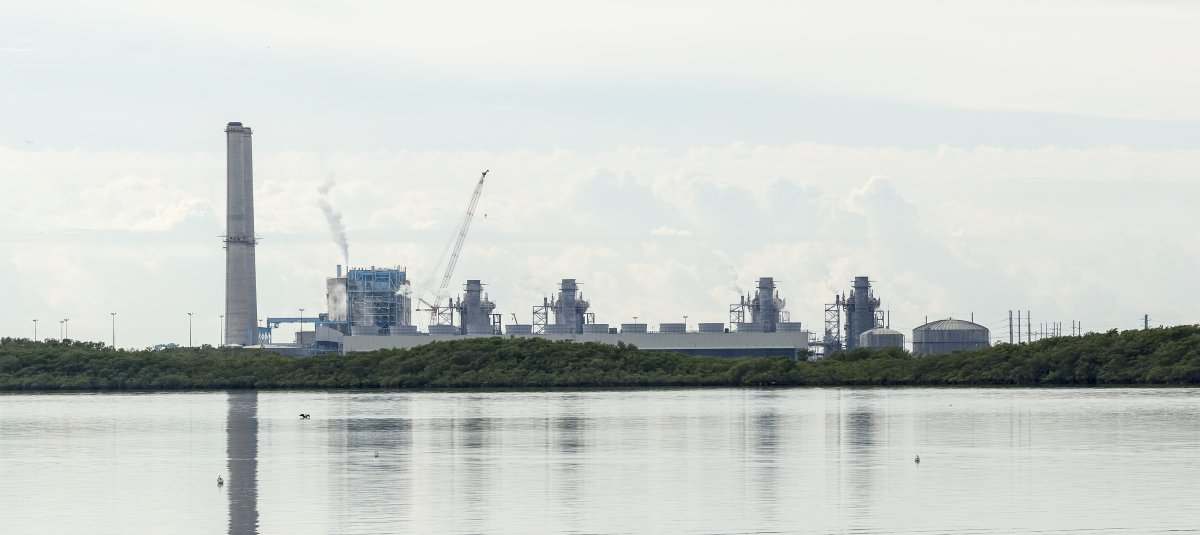 Miami's mayor lures crypto miners with nuclear power