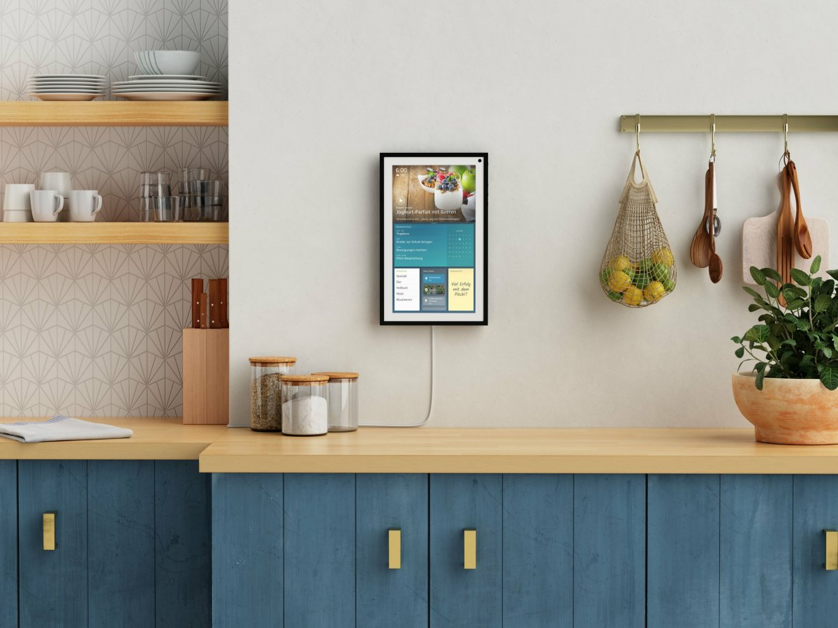 Echo Show 15: Alexa hangs on the wall and recognizes users