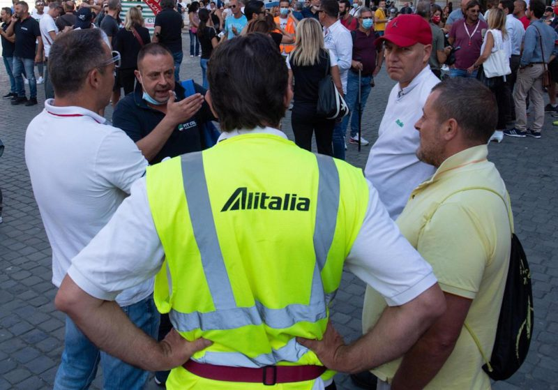 Alitalia puts its brand up for sale as a step in the decommissioning process