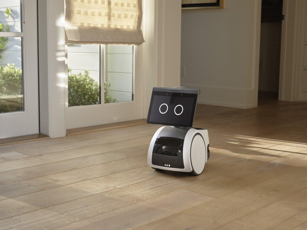 """""""Astro"""": Amazon presents household robots"""
