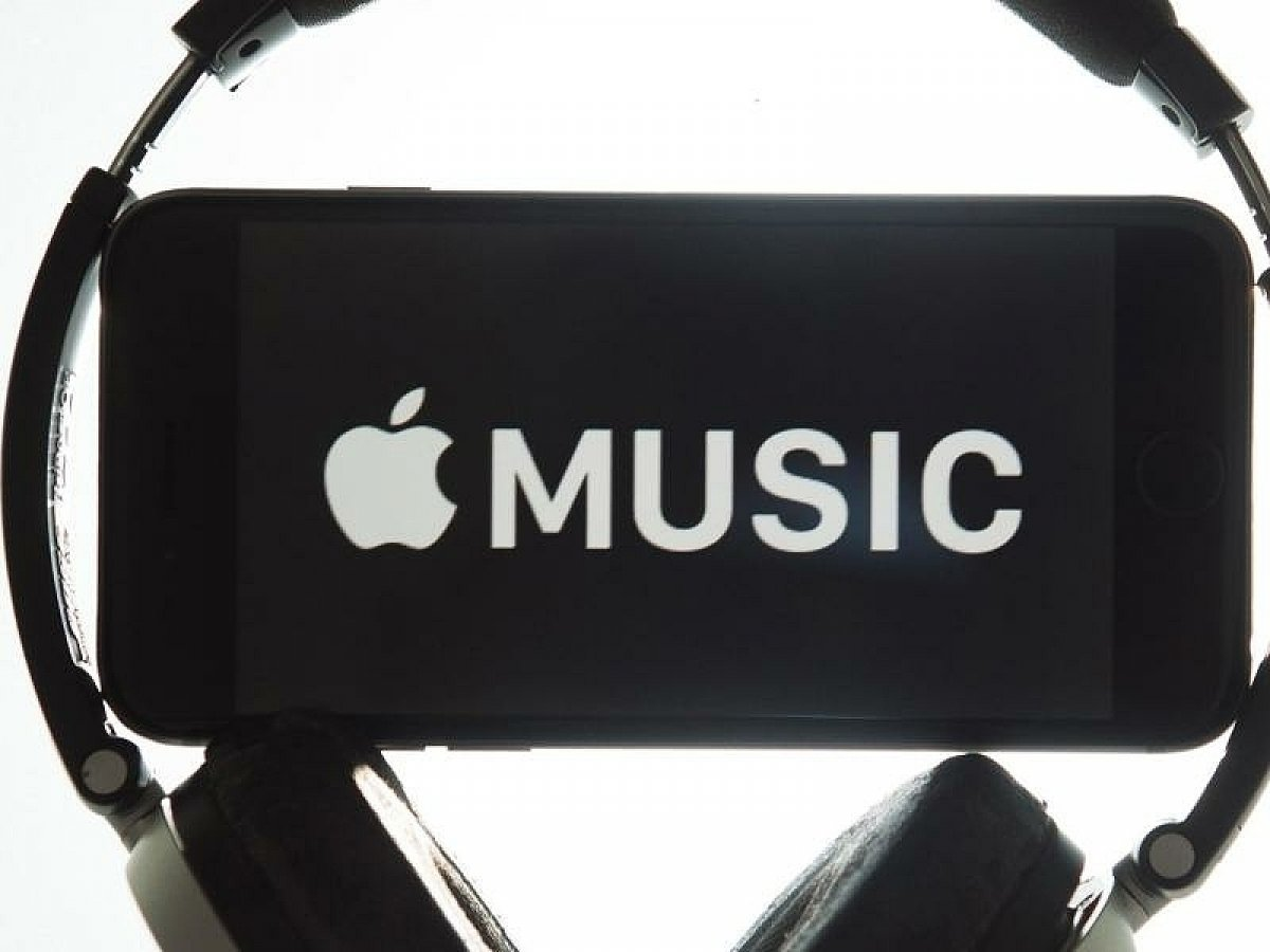 Audiobooks are disappearing from Apple Music