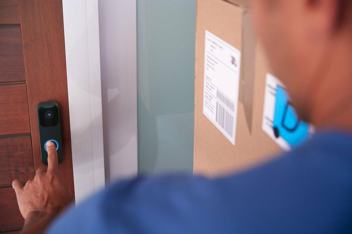 Blink Video Doorbell: Amazon brings video doorbells without the cloud for 60 euros