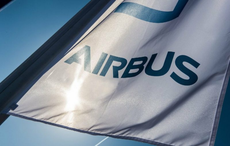 Employees lay down work - warning strike at Airbus and Aerotec