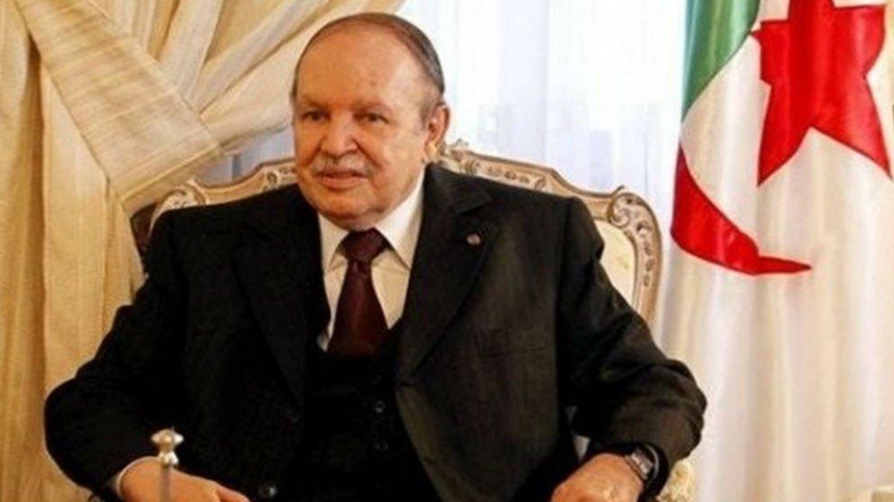 Former Algerian President Abdelaziz Buteflika, deposed in 2019, dies
