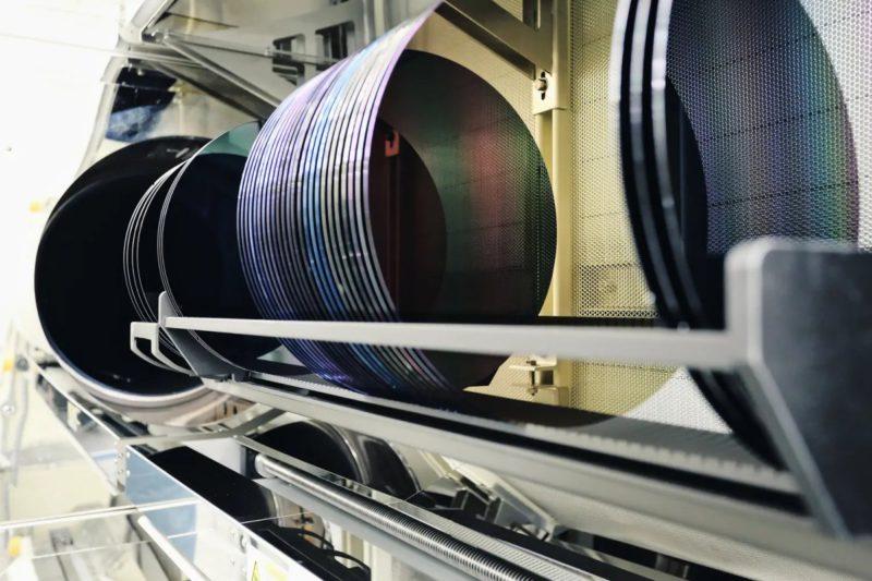 Infineon opens new chip factory in Austria