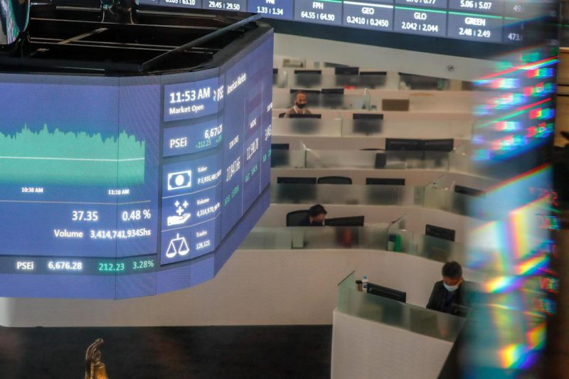 Most Southeast Asian Stock Exchanges Close Down