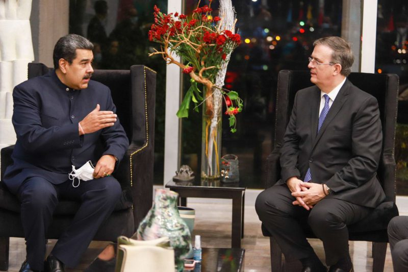 Nicolás Maduro arrives in Mexico by surprise to attend the CELAC summit