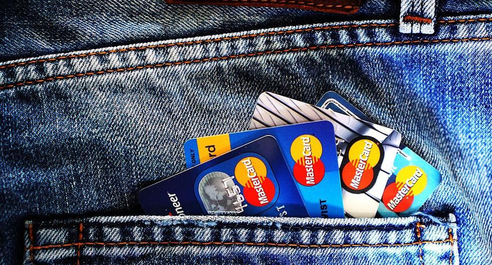 Credit card: what happens if I don't pay my debt on time