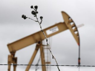 Texas oil recovers $ 70 and gas continues to skyrocket