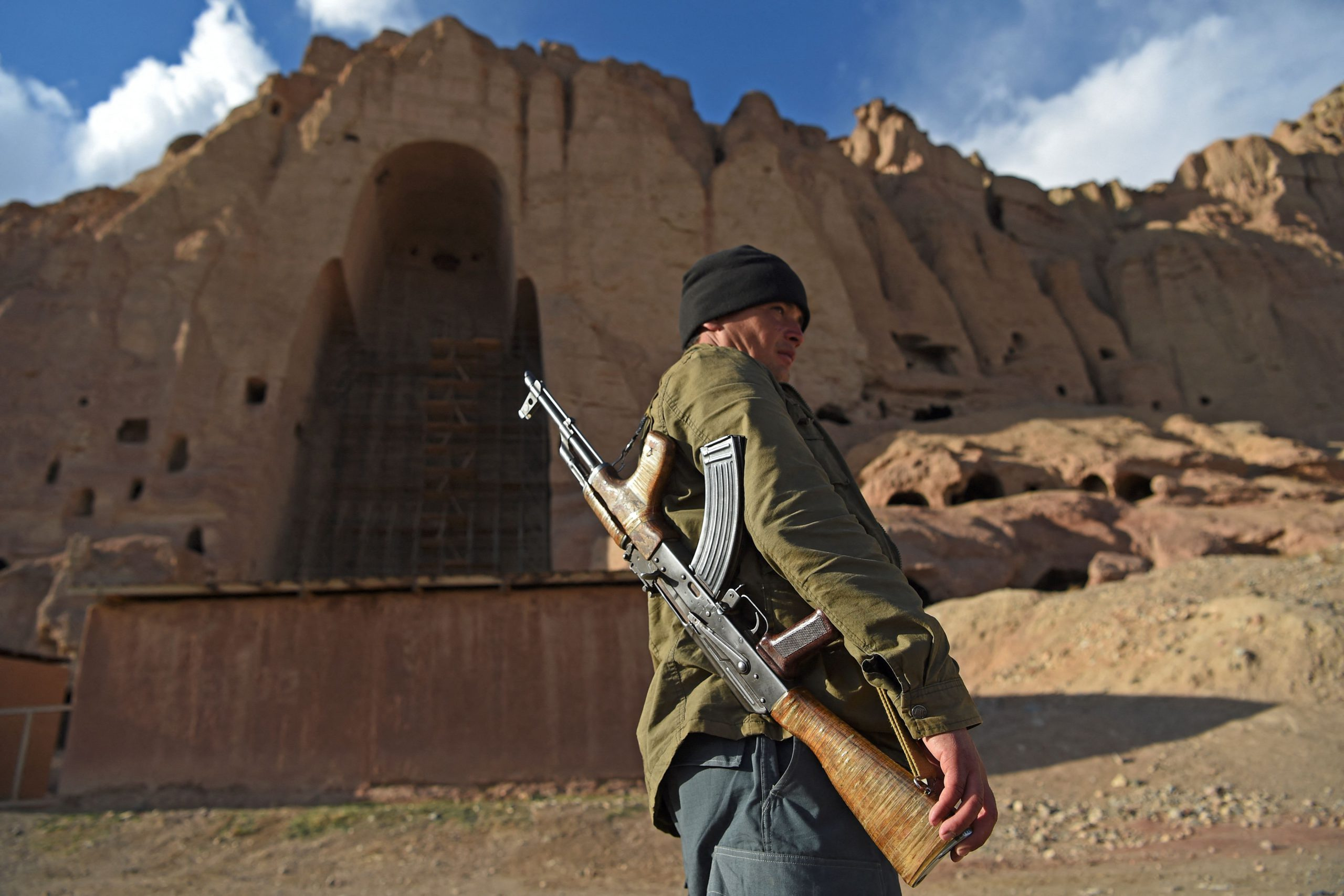 The Taliban, under the shadow of the blasting of the Giant Buddhas