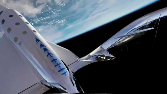 The space plane hovers in orbit
