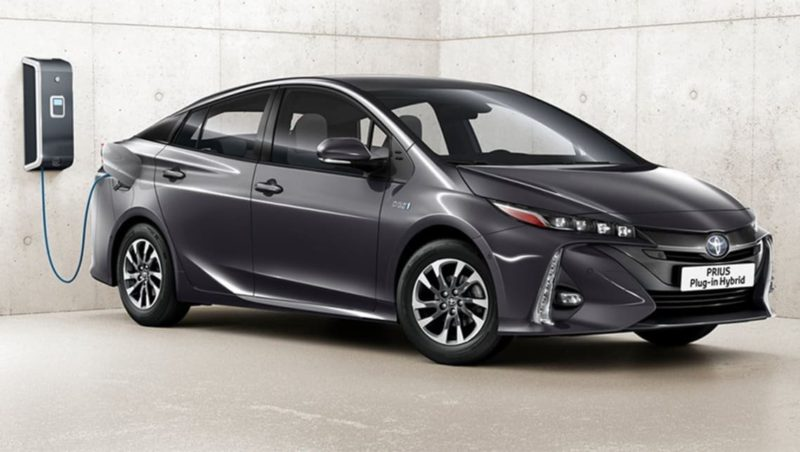Toyota and Honda approach their electric car offensives so differently