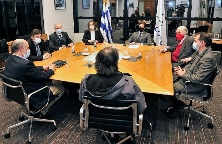 Uruguay and China will seek bilateral FTA, Uruguayan president announces