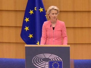 Von der Leyen: EU should get a semiconductor ecosystem