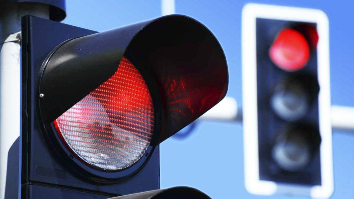 Google quiere controlar también los semáforos de las ciudades